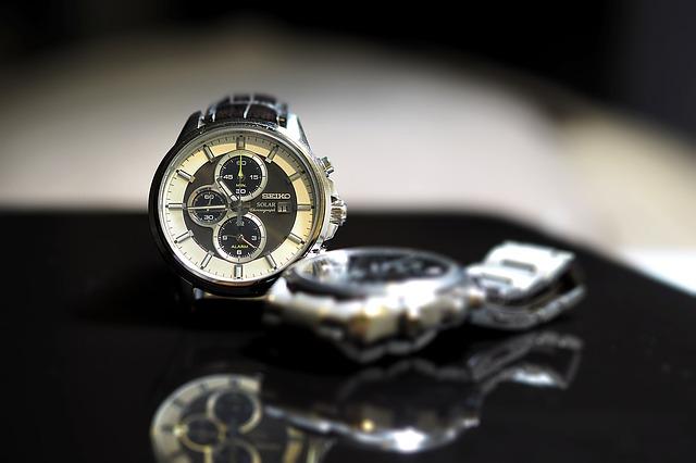 luxusní pánské hodinky, dvoje