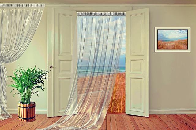 záclona do dveří