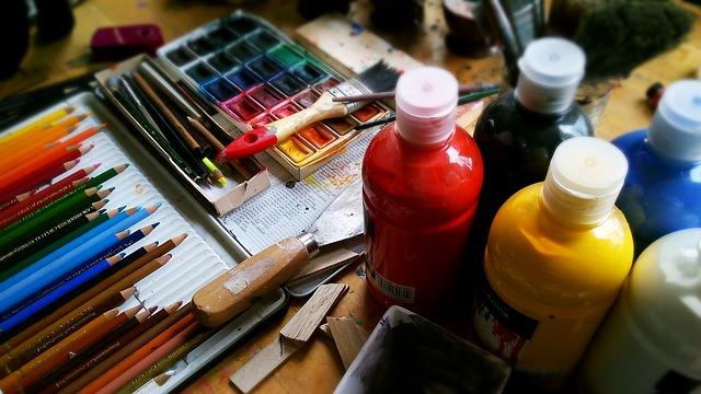 lahvičky s barvou