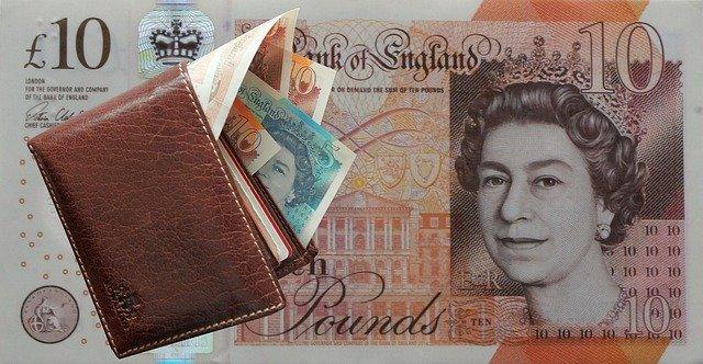 peněženka, bankovky, libry